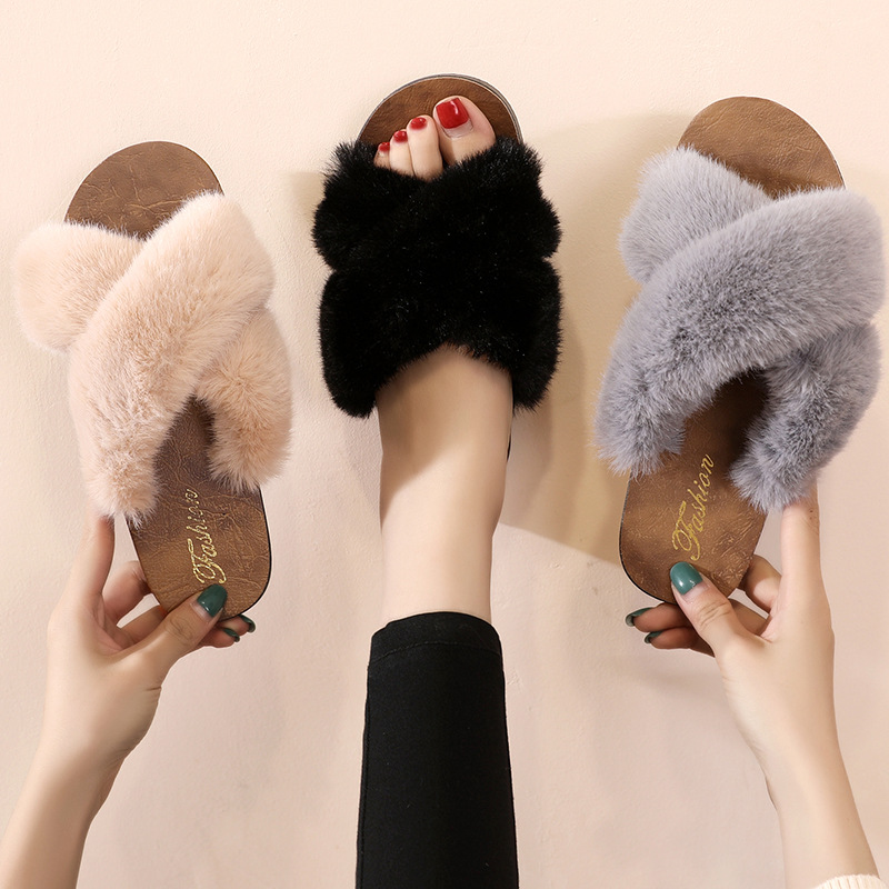 Summer Women House Slippers Faux Fur Fashion Shoes Woman Slip On Flats Female Ladies Slides Black Gray Cozy Home Furry Slippers