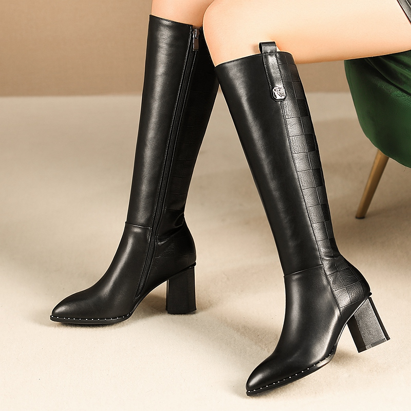 INS HOT Women knee-high boots cowhide upper shoes plus size 22-26 cm length autumn and winter ladies boots long boots rivet