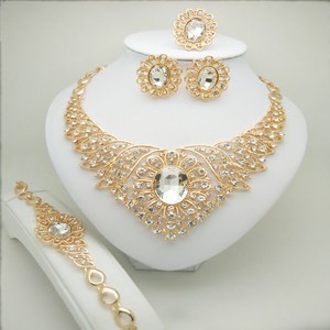 Quality Saudi Gold Color Nigerian Wedding Jewelry Set Bridal Fashion African Beads Jewelry Set 24k Gold Geometric Necklace Set