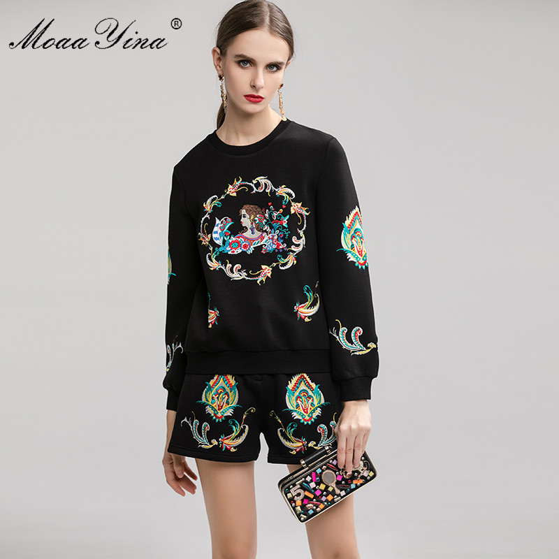 Image 3 - MoaaYina Fashion Designer Suit Spring Autumn Women Embroidery  Pullover knitting Tops Shorts Elegant Two piece setWomens Sets   -
