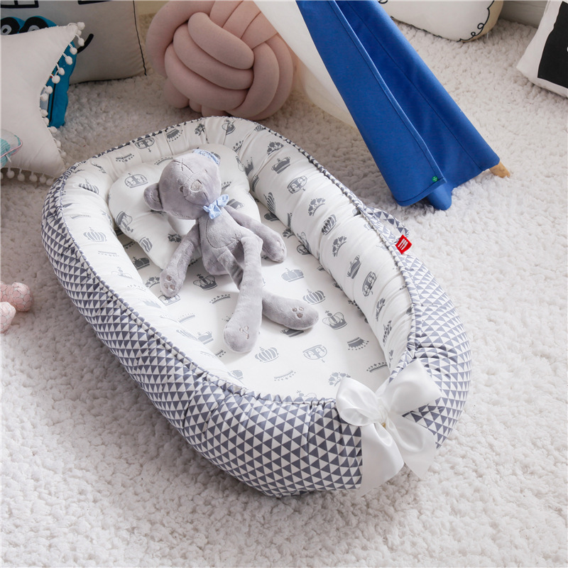 88*53cm Baby Nest Bed with Pillow Portable Crib Travel Bed Infant Toddler Cotton Cradle for Newborn Baby Bed Bassinet Bumper