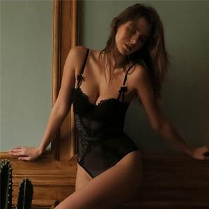 Image 3 - 프랑스 브랜드 슈퍼 푸시 업 브래지어 세트 섹시한 레이스 Bodycon 여성 속옷 자수 중공 코르셋 잠옷 Onesies 팬티 세트
