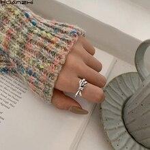 HUANZHI 2020 nuevos anillos de apertura minimalistas HUANZHI de plata tibetana de metal hueco geométrico para mujeres y hombres
