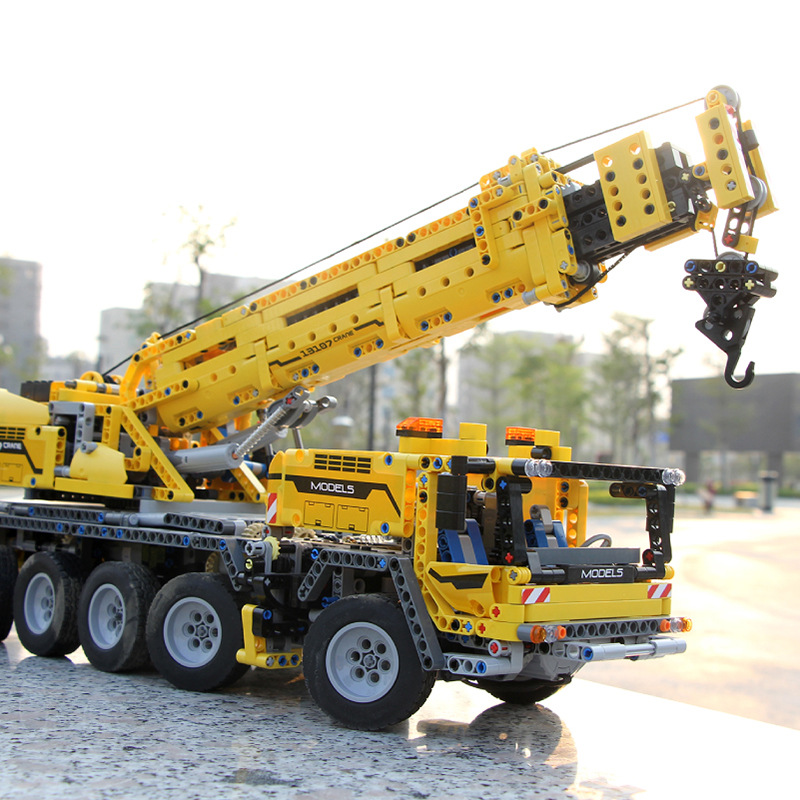 RC Technic Mobile Crane MK II Compatible Ultimate MOC <font><b>42009</b></font> Building Blocks Bricks Educational Toy Children Christams Gift image