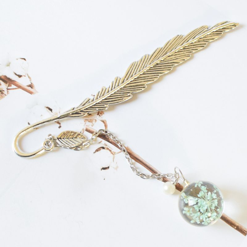 Retro Vintage Bookmark Feather Dried Flower Gypsophila Specimen Creative Metal Bookmarks Stationery Gift 19QA