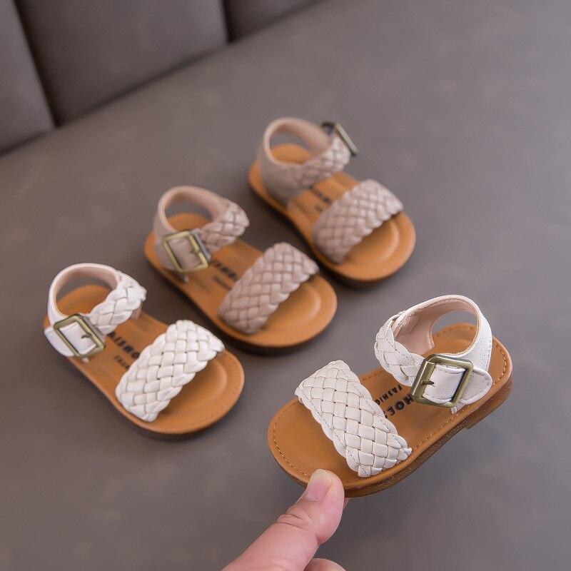 Summer Children's Casual Sandals Khaki Beige Color Princess Soft Bottom First Walkers Toddler Girls Beach Shoes Flats Hot