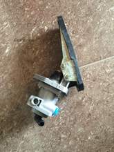 цена на Xinyuan excavator rubber wheel original master cylinder, Xinyuan original with Ruili brake master cylinder genuine