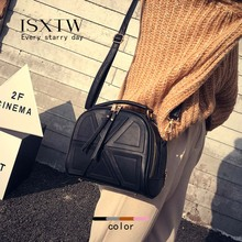 ISXTW  New Womens Shoulder Bag Portable Messenger Fashion Autumn And Winter Models Trend Tassel Black Brown / A10