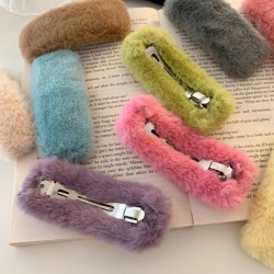 Autumn Winter Plush Hair Clips Women Girls Faux Fur Barrettes Cute Geometric Square Hairpins Candy Color Plush Hair Accessories