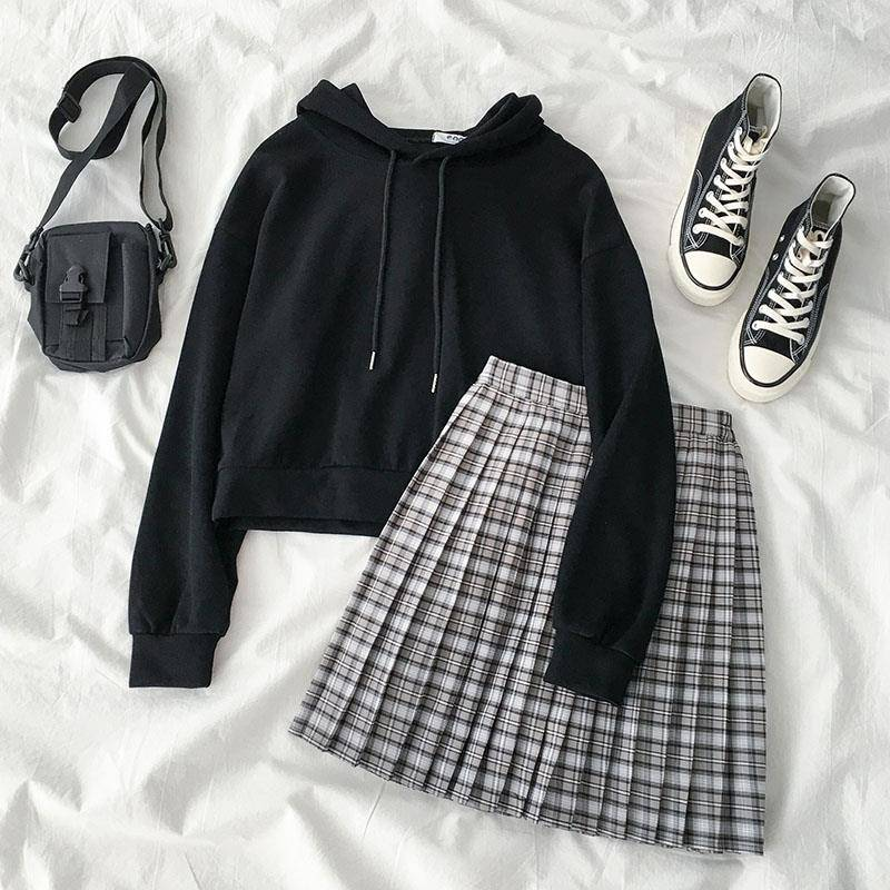 2019 New Ins Women's Suit] Solid Color Hoodies+ Korean Version Plaid Pleated Skirt Fashion Two-piece Suit