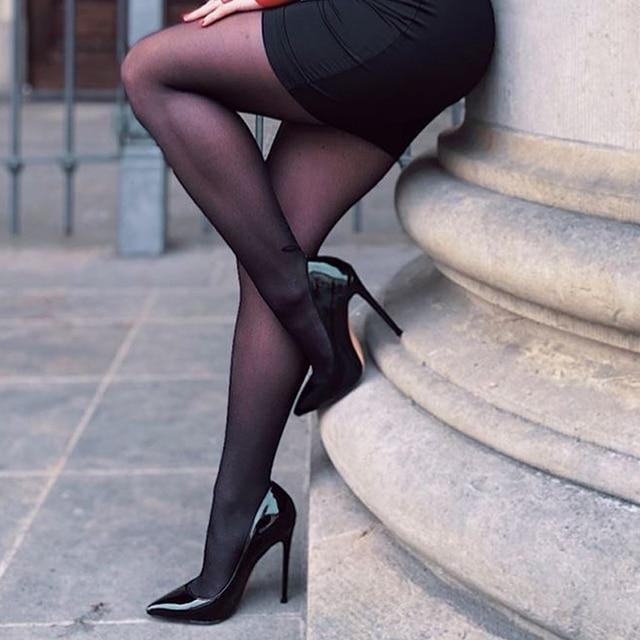 Женские туфли-лодочки  с острым носком на тонком каблуке 1