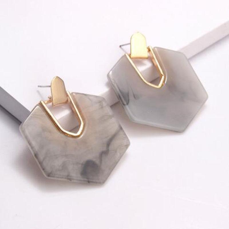 Colorfu Acrylic Hexagon Earrings 2019 Women Fashion Design Shell Statement Dangle Earring Wedding Jewelry Gift Bijoux in Drop Earrings from Jewelry Accessories