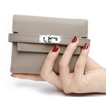 2020 New Womens Folding Genuine Leather Wallet  Ladies Lock Catch Short  Purse Clutches Card Holder Purse