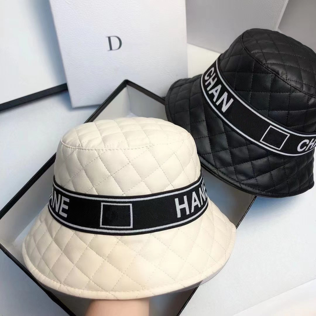Fashion Brand Spring Autumn New Panama Famous Brand Hat Leather Ladies Bucket Hat Sun Hats Travel HatFisherman's Hat 2021