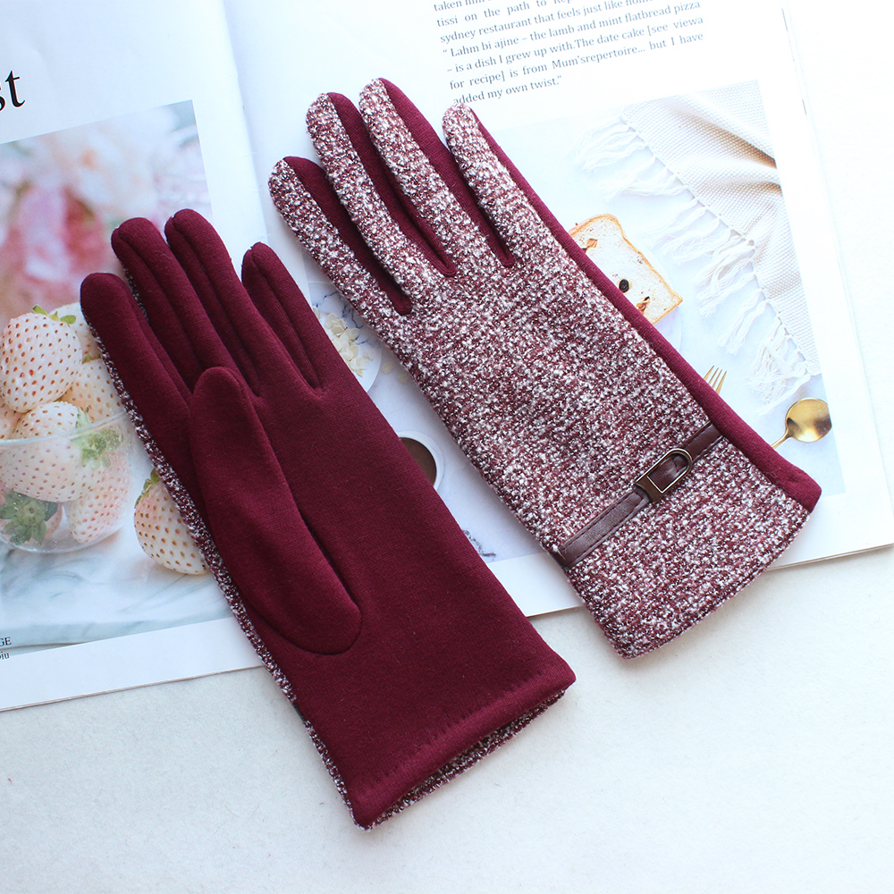 New Woman's Knitted Gloves Female High-Elastic Cotton Material Velvet Repair Hands Button Style Winter Warm Gloves