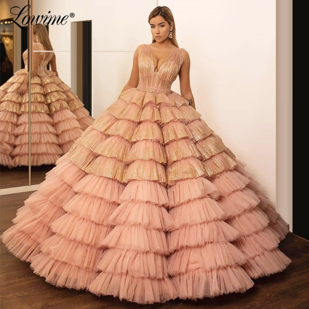 Dusty Pink Prom Dresses V-Neck Dubai Evening Dress Tiered Girls Graduation Dresses Pageant Party Gowns 2020 Custom Kaftans