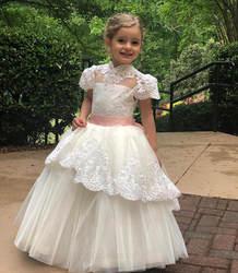 Современное Тюлевое бальное платье с кружевными аппликациями и бантом для особых случаев, индивидуальное платье с цветочным узором для