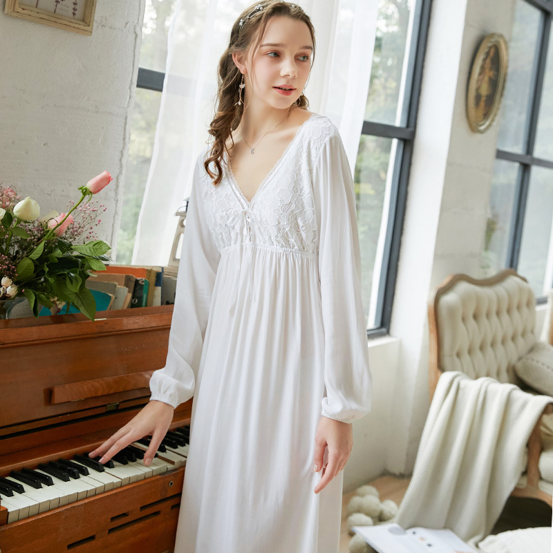 Long-Sleeved night dress Nightgown Female Palace Style V-neck medieval Princess Loose Long nightwear Nightgown sleep wear