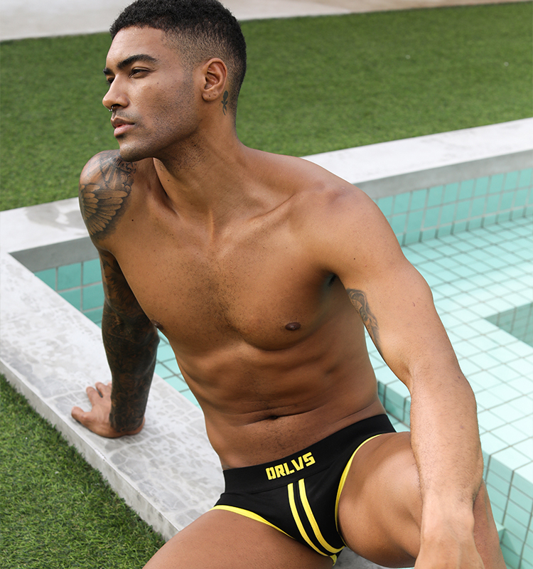 Wholesale Gift Fashion Seoul Breathable Underwear Sweat-absorbing Short Pants Sexy U Convex Man Briefs Contrast Color Briefs