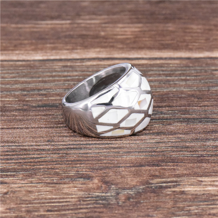 High quality shell finger ring fashion jewelry titanium steel rings fashion jewelry casting ring for women free shipping in Rings from Jewelry Accessories
