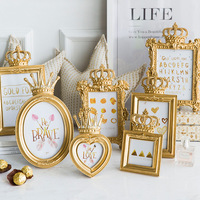 Home Decoration Gold Relief Crown Square Photo Frames Resin Oval Photo Frame Sets Picture Frame Set 5pcs 7inch