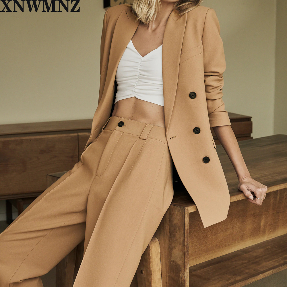 Xnwmnz Za Vrouwen 2021 Fashion Double Breasted Solid Blazer Jas Vintage Lange Mouwen Zakken Vrouwelijke Bovenkleding Chic Tops