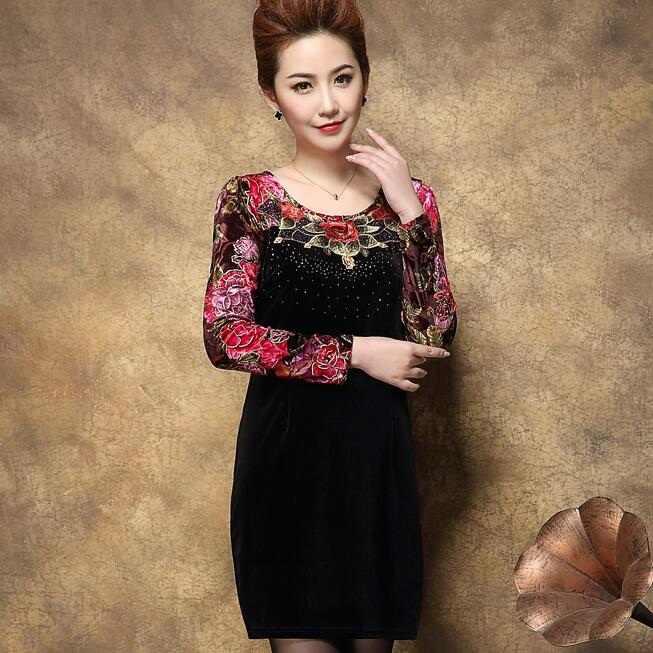 2020 Thu Phụ Nữ Trung Niên Plus Kích Thước Nhung Áo Thun Nữ Tay Dài Thêu Hoa In Áo Một Dòng ĐẦM DỰ TIỆC Elbise C61