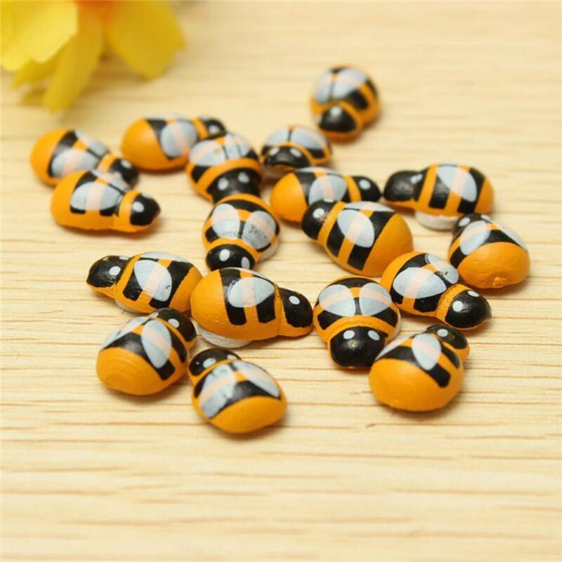100pcs 13mm 3D Wooden Animal Mini Bee Stickers Fridge 3D Adhesive Art Wall Sticker Room Decoration