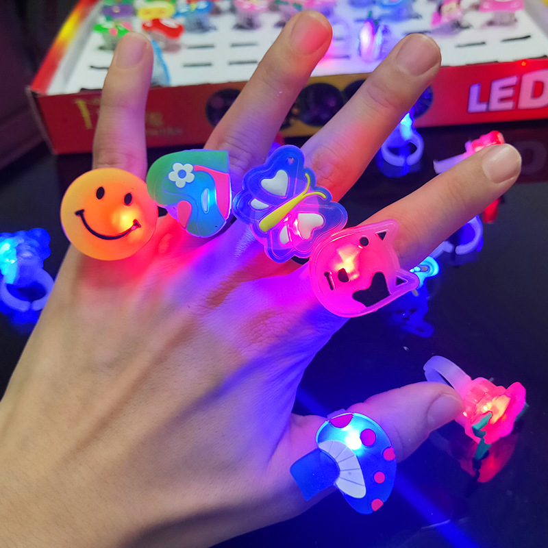 Set Luminous Rings Stars Shine In The Dark Children's Toys Flash LED Cartoon Lights Glow In The Dark Toys For Kids Toys E