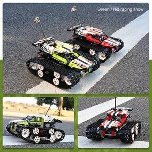 Image 3 - DHL טכני סדרת RC מסלול שלט רחוק מירוץ רכב סט בניין בלוקים לבנים חינוכיים צעצוע תואם ילד מתנה
