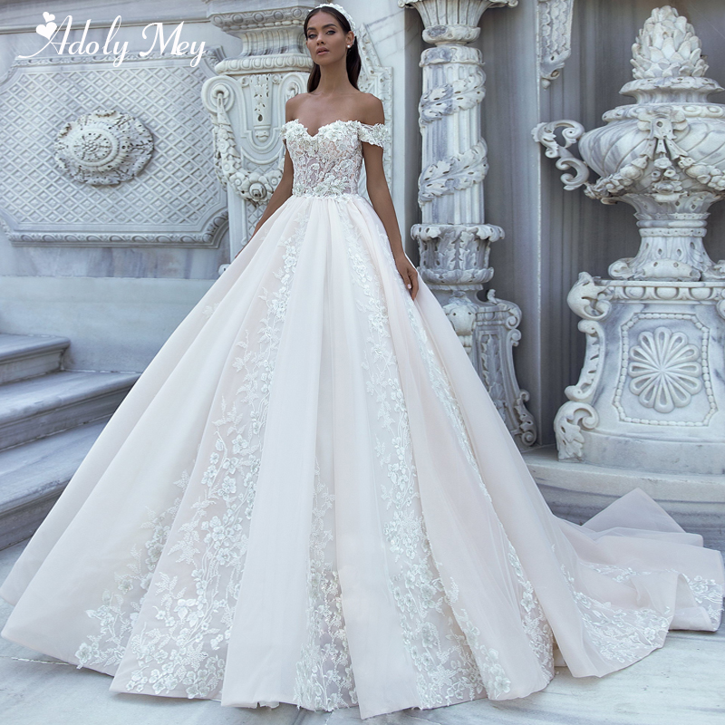 Adoly Mey Gorgeous Appliques Sweep Train A-Line Wedding Dress 2020 Luxury Flowers Beaded Boat Neck Princess Bride Gown Plus Size