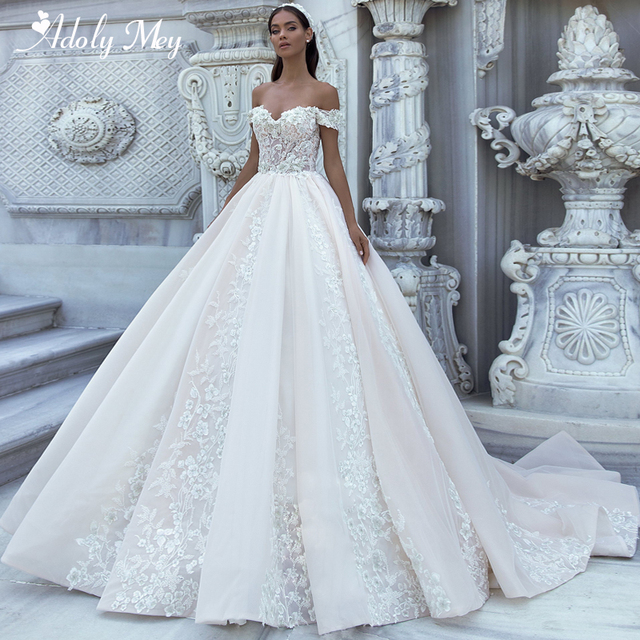 Adoly Mey wspaniałe aplikacje Sweep Train-line suknia ślubna 2020 luksusowe kwiaty zroszony Boat Neck księżniczka suknia ślubna Plus rozmiar
