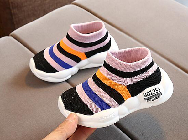 Boys Tennis Shoes Sneakers Girls Rainbow Shoes Flyknit Kids Footwear Toddler Stripes Chaussure Zapato Casual SandQ Baby New
