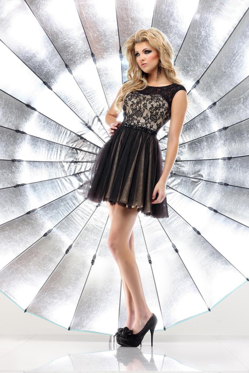 2018 New Arrival Girl's Vestido De Festa Prom Gown Elegant Sexy Black Lace Short Party Gowns Robe De Soiree Bridesmaid Dresses
