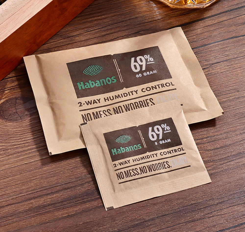 CIGARLOONG Protable Cigar Humidifier Bag Profession Keep 69% Humidity <font><b>Boveda</b></font> 8/ 60 Gram for Cigar Humidor image