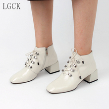 Plus Size 34-43 Genuine Leather Women Shoes New Lace up Square Low heeled Ankle Boots Fashion Office Martin Patent Leather Boots plus size 35 43 women autumn ankle boots patent leather low heel shoes lace up glitter metal short boot for female casual shoes