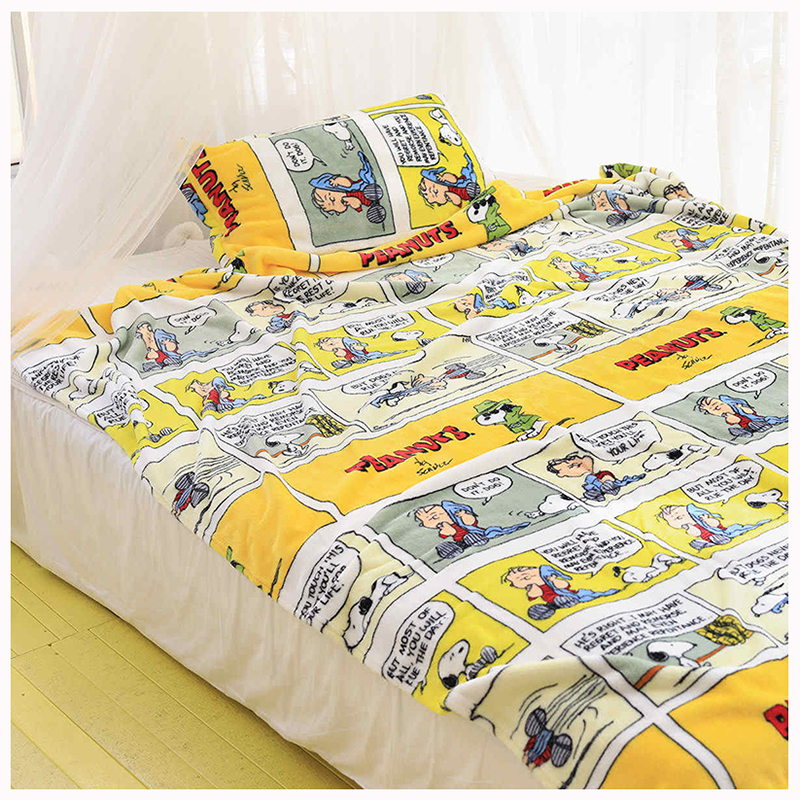 Cartoon Snoopy Plush Pillowcase And Blanket Super Soft Velvet Snoopy Blankets