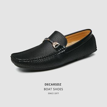 Mokasyny męskie buty 2020 jesienne modne buty męskie wygodne wsuwane mokasyny łódź obuwie męskie Design mężczyźni obuwie męskie mieszkania tanie i dobre opinie DECARSDZ Syntetyczny CN (pochodzenie) Przypadkowi buty Slip-on Pasuje prawda na wymiar weź swój normalny rozmiar Lato
