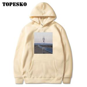 Image 4 - TOPESKOตลกUpside Downนักบินอวกาศพิมพ์Hoodiesเสื้อSpaceman Harajuku Hip Hop Casual Pullover Hooded Streetwear