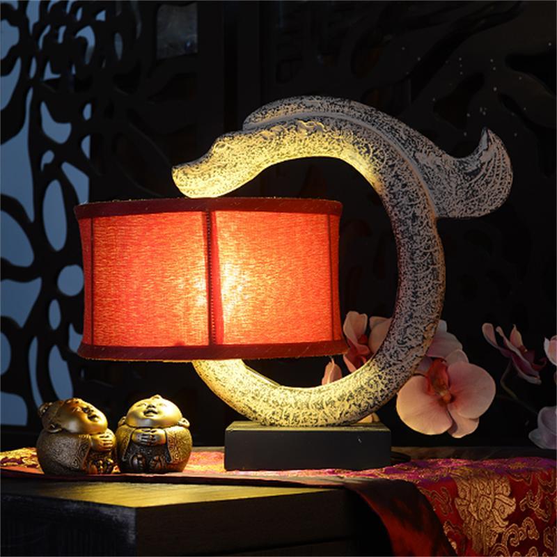 C modélisation Dragon résine Sculpture chambre lampe de Table lampe de chevet rétro salon Table lumière pour éclairage intérieur décoratif