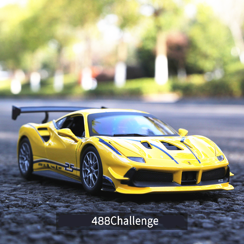 Bburago 1:24 Ferrari 488 Challenge Car Model Die-casting Metal Model Children Toy Boyfriend Gift Simulated Alloy Car Collection