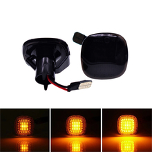 цена 2pcs LED Dynamic Side Marker Light Turn Signal Sequential Blinker Light For Audi A3 8L A4 8D S4 B5 Amber LED Fender Lamps