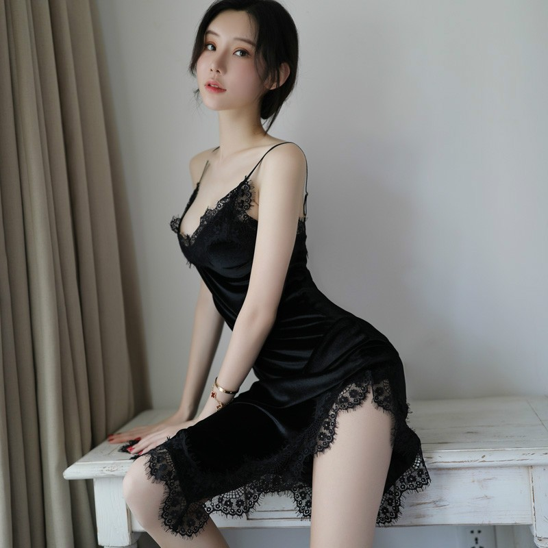 New Style-Velvet Lace Joint Sexy Strapped Dress Temptation Princess Style Long Skirts Pajamas Nightgown