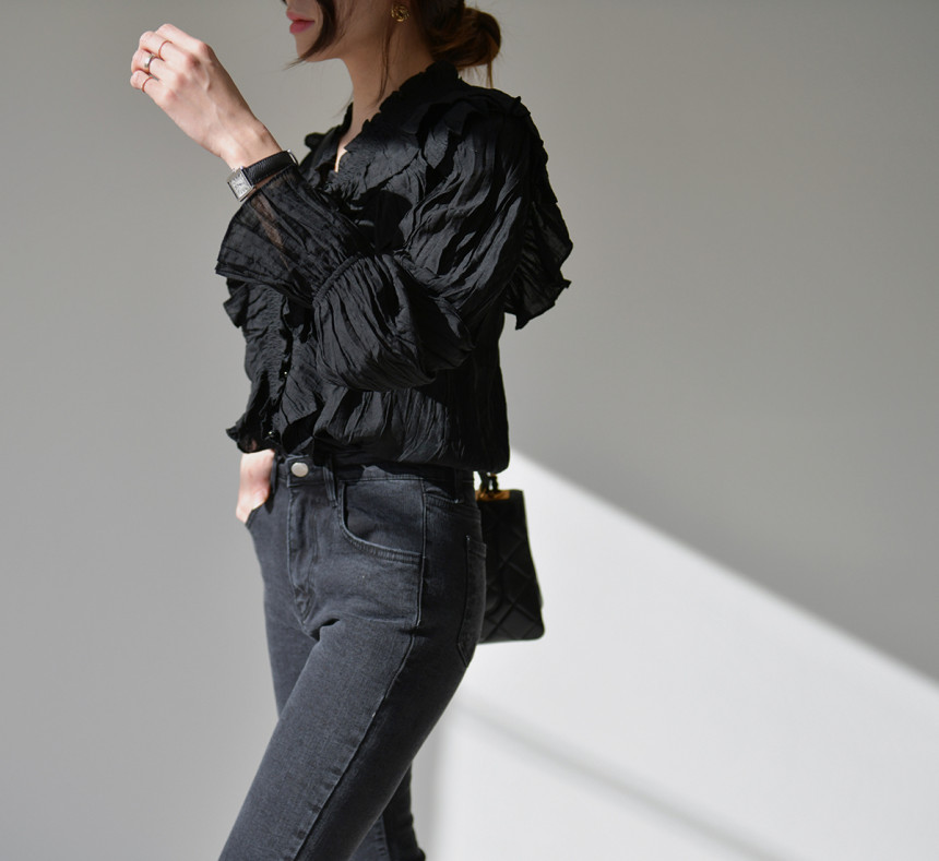 H045f244f1f214999abc428a4ed300173W - Spring / Autumn V-Neck Long Sleeves Ruffles Pleated Solid Blouse