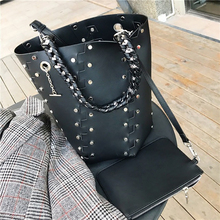 Casual Large Capacity Tote Retro Rivets Bucket Bags Women Handbags Fashion Solid Color Big Shoulder Chic Shopping Bag