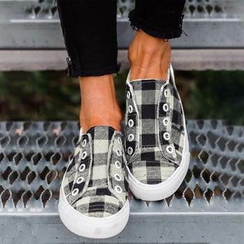 Women's Vulcanized Shoes Spring Women Casual Flats Woman Slip On Flat Platform Ladies  Lattice Ladies Comfortable Sneakers  2020