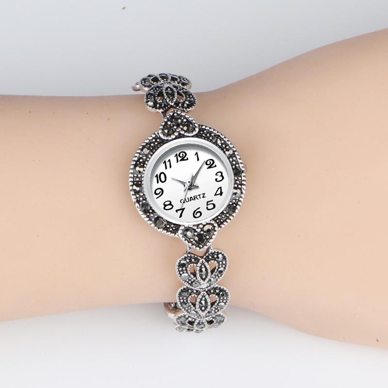 REVELRY 2019 New Luxury Quartz Watch Women Fashion Antique Silver Women's Watches Bright Black Crystal Vintage Bracelet Watch (WHITE)