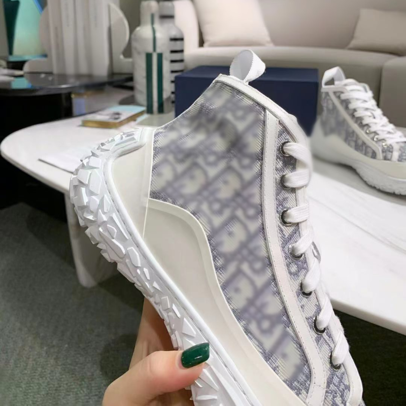 Summer Couple Shoes Luxury Designer Brand Women's Sports Shoes Non Slip Wear Resistant Flat Shoes Casual Ladies Shoes Gift Box