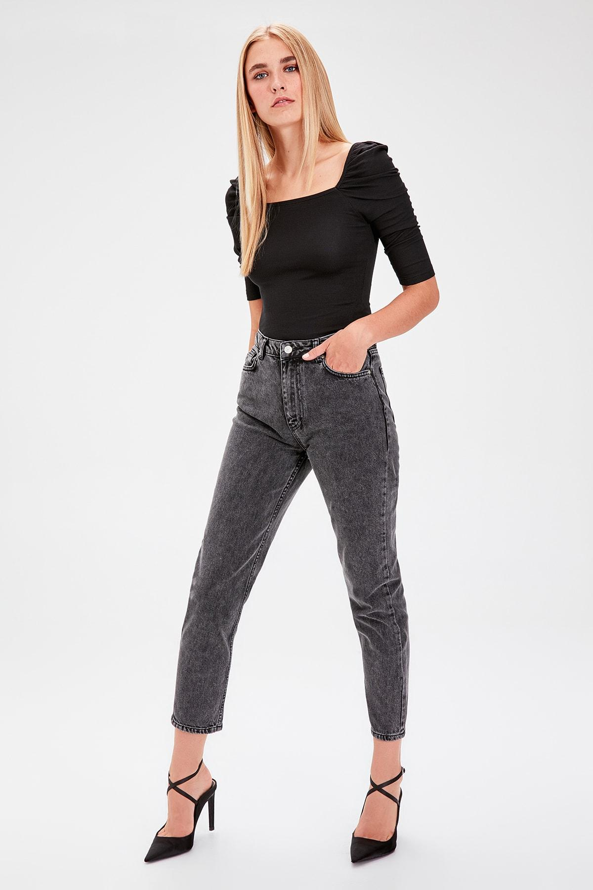 Trendyol Anthracite Normal Waist Mom Jeans TWOAW20JE0053