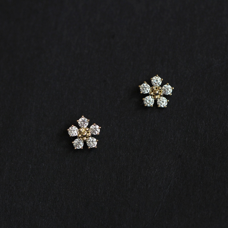 925 Sterling Silver Boho Pavé Diamond Small Flower Plating 14k Gold Earrings Women Summer Beach Casual Jewelry Accessories